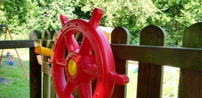 Kid Zone Piratenturm mit Steuerrad